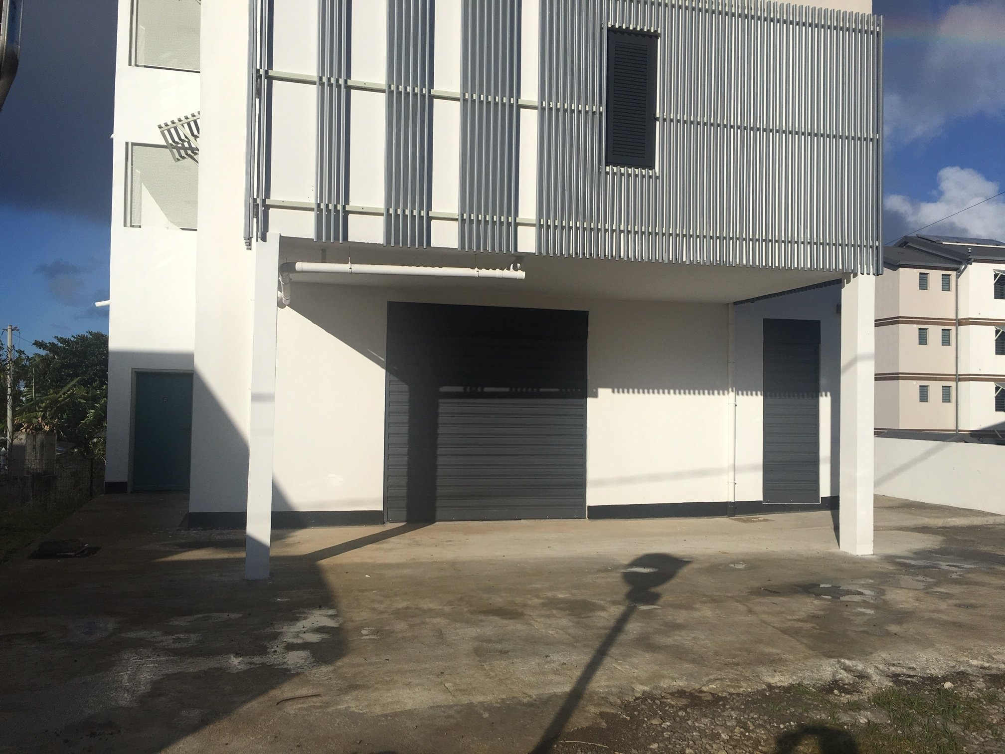 location local-commercial ST PIERRE